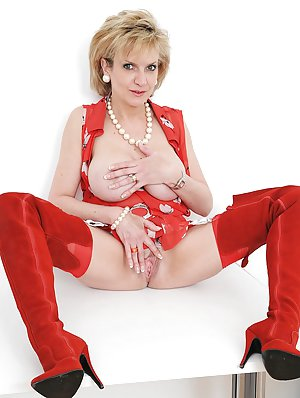 Milf in Boots Porn